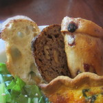パーラー江古田 - カレンズのベーグル、バゲット、くるみパン