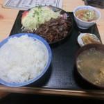 やき肉太郎 - A定食(牛ロース)・・・懐かしい味で旨い(´∀`*)
