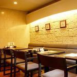 四ツ橋カフェ - お誕生日や大切な記念日のディナーに。