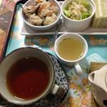 茶音 姫 - 炊き込みご飯にサラダにスープにサンドイッチ!