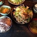 Asian chample foods goya - ゴーヤチャンプルー定食850円