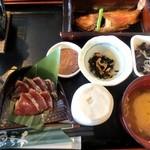 魚季亭 - 鰹のまご茶漬け&金目鯛の煮つけ