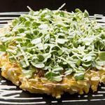 錦わらい - 料理写真:ソースのいらないオリジナルお好み焼き「京天焼き」