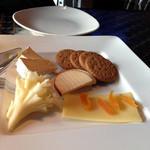 24476229 - チーズプレート1450円