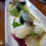 Zappa - 前菜(魚と果実のカルパチョ)