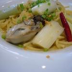 Zappa - 牡蠣と葱のペペロンチーノ