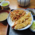 浅草 魚料理 遠州屋 - 天丼(670円9