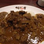 肉バル グランデ - 7)バッファロービーフカレー(夜はバッファローかれーのみ)