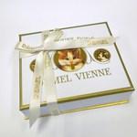 デメル - ソリッドチョコレート 猫ラベル ヘーゼルナッツ