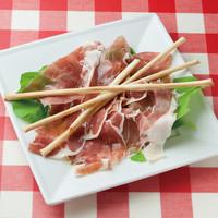 ナポリの下町食堂 - パルマ産生ハム