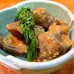 魚魚魚 - お通し、こんにゃくの味噌煮