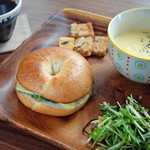 エーベーカリー - 料理写真:カフェを併設しております♪お得なセットは700円♪