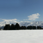ごちそうお肉ビストロ くう海 - 冬は雪の八海山が楽しめる