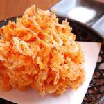天ぷら食堂 天八 - 料理写真:名物・桜えびのかき揚げ~見よこの大きさ&高さ!