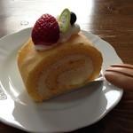 パティスリークロ - ロールケーキ バニラ