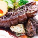 食堂 grazie - 醤油ベースの甘辛さがたまらない『豚肉の和風スペアリブ』