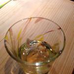 和座檜 - いさざを香り酢で頂きます
