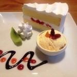 カフェ ムーンフォレスト - ショートケーキ ドリンク付き600円