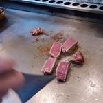 ヴィラージュ - 目の前の鉄板で焼き上げたヘレステーキは絶品です。是非ご賞味ください!