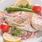 ミスターイスタンブール - BALIK IZGARA(オリエンタルな風味を楽しめる『魚ケバブ』)
