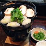 ひょっとこ - 湯豆腐。お得な串5本付きの湯豆腐セットもございます!