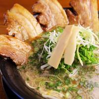夢っ志愈亭 - 当店イチオシ!!旨味が凝縮されたスープと極厚チャーシューがたまりません!!
