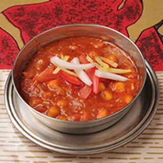 【勝川駅南口すぐ】野菜と相性抜群!本格インド・ネパール料理を味わえるお店
