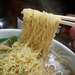 湯村食堂 - みそラーメン麺リフト