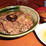 24543433 - すき焼き丼(1600円)