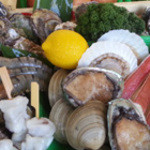 かき小屋本舗 - 牡蠣だけじゃないですよ!ほて手にサザエ、海老様々な海鮮が待ってます!