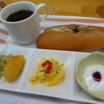 カフェ・イースト - 日替わり一日中モーニング