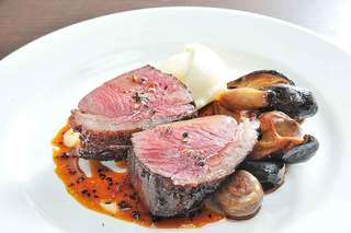 Ristoro Cocteau's - ワインとの相性抜群の肉料理をご用意!