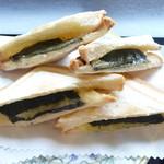 漆の実 - ホットサンド(のり・チーズ入)(単品¥650)