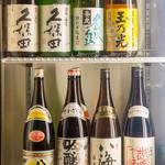 南行徳 彦酉 - 常時20~30種以上の日本酒ご用意  「八海山」シリーズ・「久保田」シリーズや「浦霞」「〆張鶴」をグラスや四合まで用意