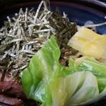 波留乃屋 - 鶏キャベツ 大盛り 2014.2