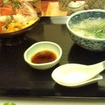 2456210 - 海鮮丼
