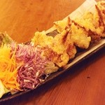 かまくら - kamakura名物・若鶏の手羽先カリカリ揚げ