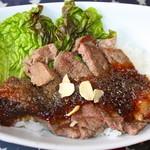 アメリカンダイナーオールドハンガー - ビフテキライス ¥580 ソースが美味しかった。