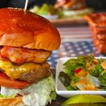アメリカンダイナーオールドハンガー - お腹いっぱいになるバーガーです。