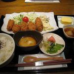 石塀小路 豆ちゃ - カキフライ定食