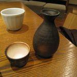 石塀小路 豆ちゃ - 日本酒