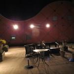 パッソ デル マーレ - お店へのアプローチ空間