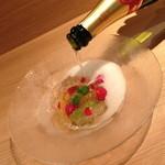 彩りフルーツのマチェドニア(900円)+スパークリングワインがけ(+400円)2014年2月