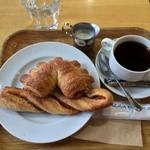 ベーカリーカフェ 426 - アップル/トマト コーヒー