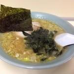 中村屋 - 豚骨醤油ラーメン