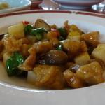 古奈青山 - 鶏肉とピーマンの炒め