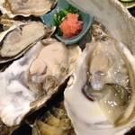 24594951 - 生牡蠣2種食べ比べ