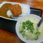 Dontei - カツカレー(450円)プラス100円で味噌汁からゆし豆腐へ変更