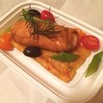 ル プーレ - 海老をサーモンで巻いてるものの下にトマトのリゾットが(≧∇≦)メチャ美味いー♡