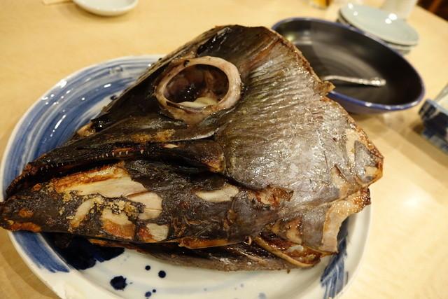 築地ビッグ寿司 - 数量限定のマグロカブト焼き(2014年3月)